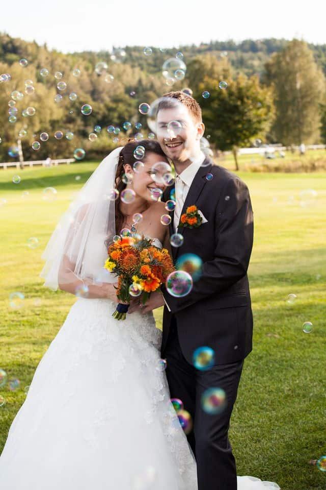svatební bublifuky
