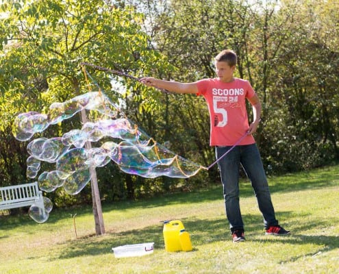 velké bubliny z bublifuku megabublina